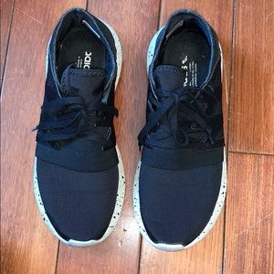 Adidas tubular sneakers black